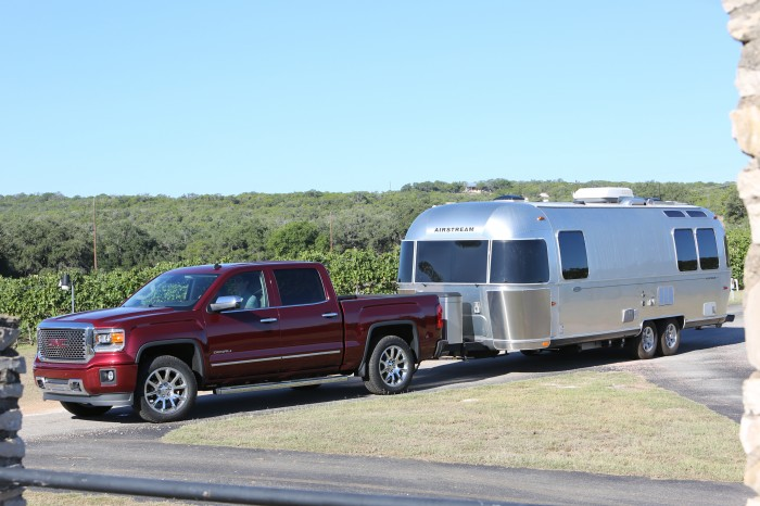 2015 GMC Sierra 1500 Max Trailering Rating Stays at 12,000