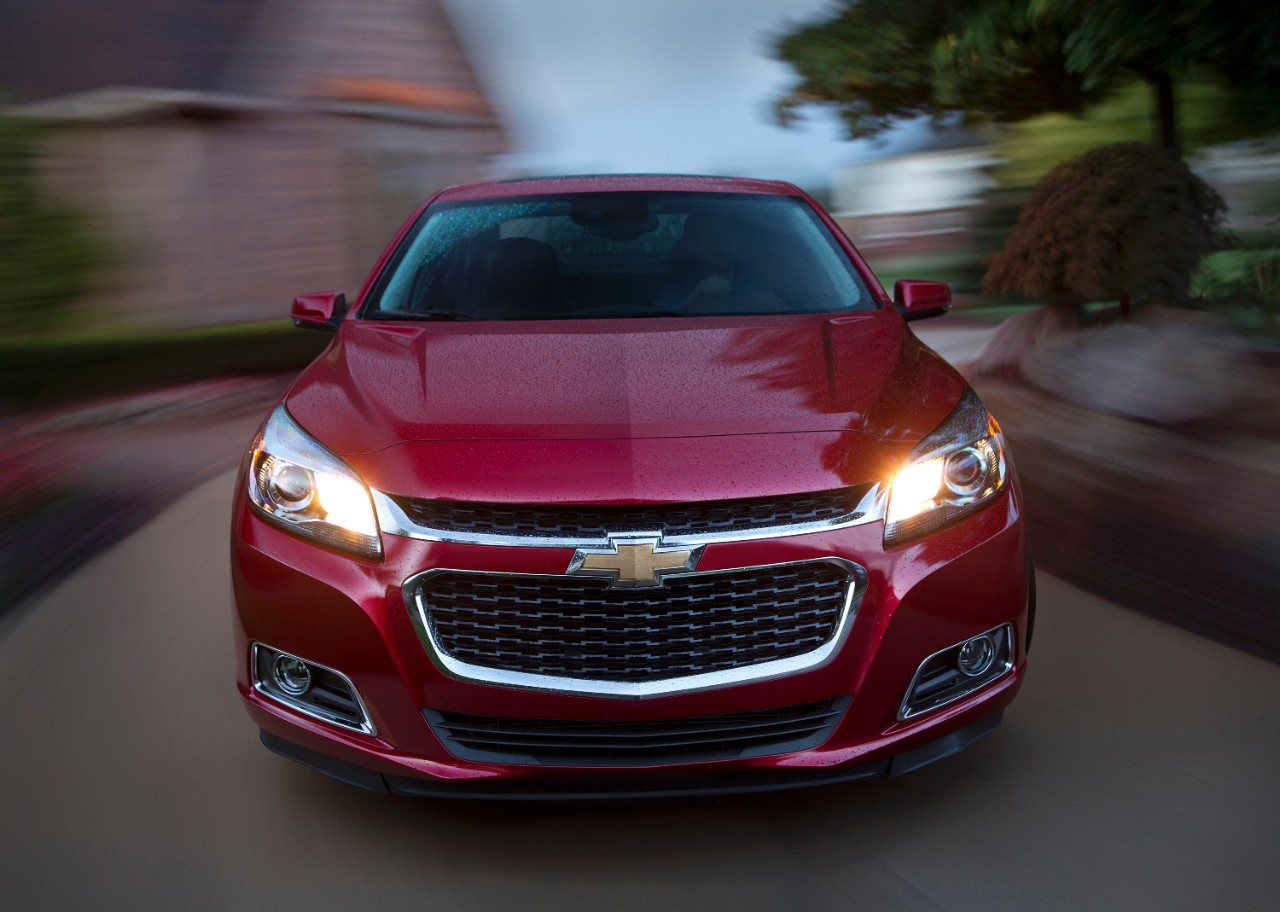 2015 chevrolet malibu front the news wheel. Black Bedroom Furniture Sets. Home Design Ideas