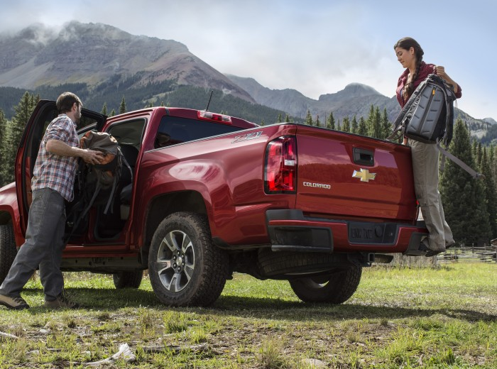 2015 Chevrolet Colorado overview