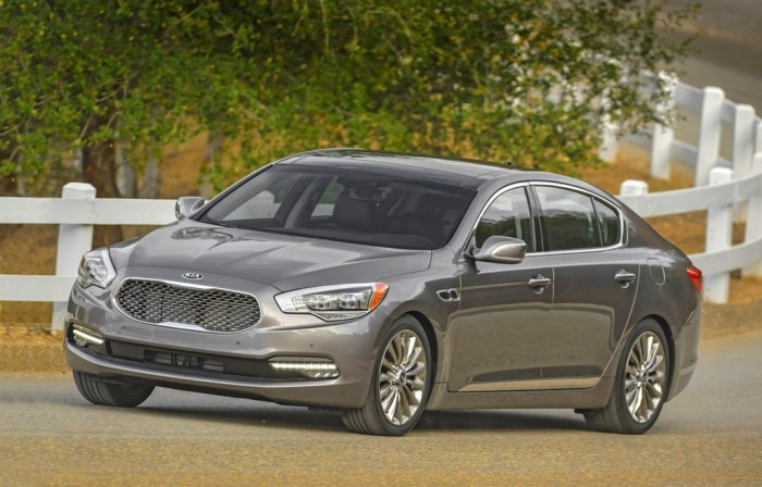 The 2015 Kia K900, winner of a 2015 Consumer Guide Automotive Best Buy Award