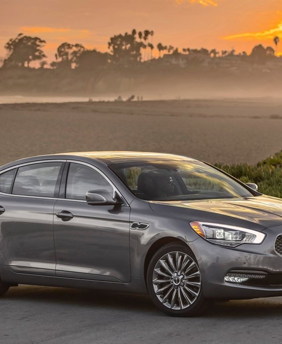 2015 kia k900 price lowers with new trim the news wheel. Black Bedroom Furniture Sets. Home Design Ideas