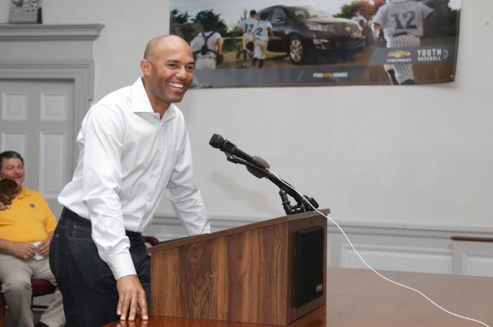 Chevrolet honors Mariano Rivera, refurbishes baseball field