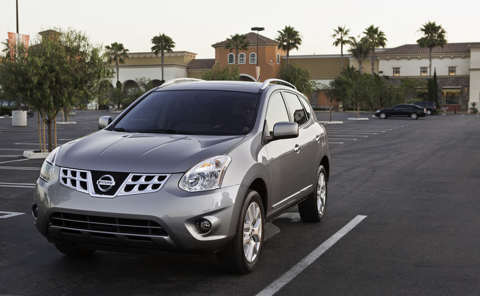 2013 Nissan Rogue overview