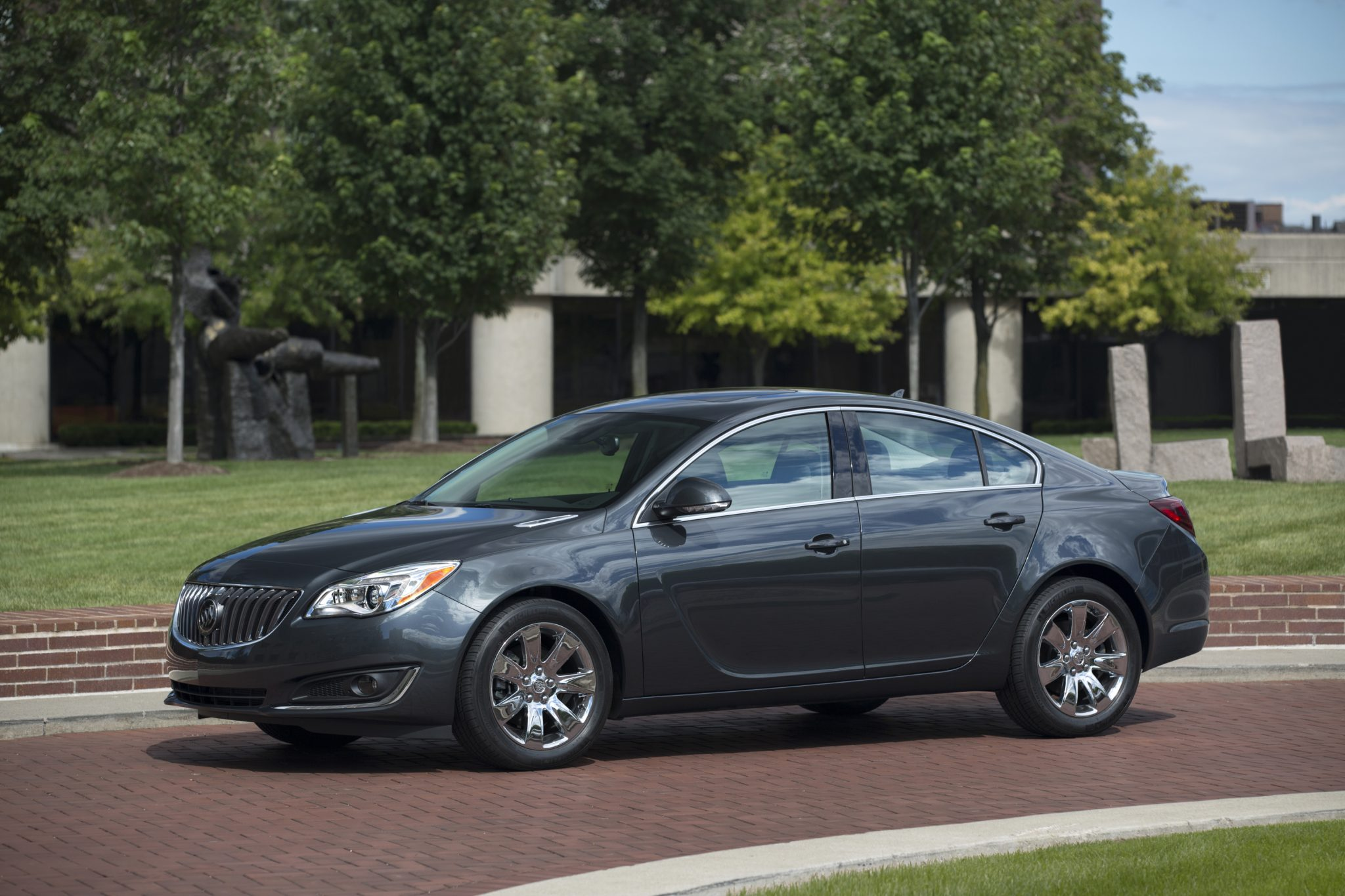 The 2015 Buick Regal helped boost Buick's June 2014 sales.