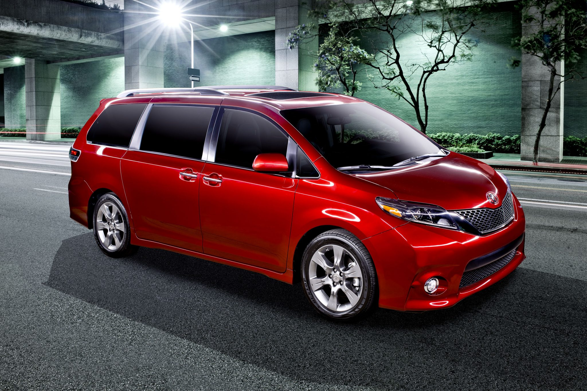 2015 Toyota Sienna Driver Easy Speak