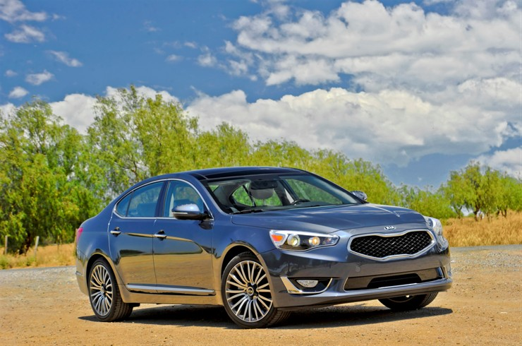 The 2015 Kia Cadenza