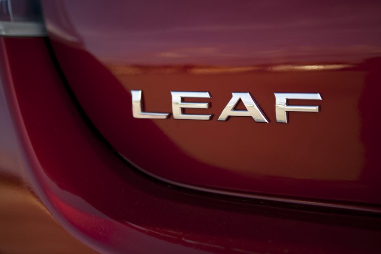 2015 Nissan LEAF overview