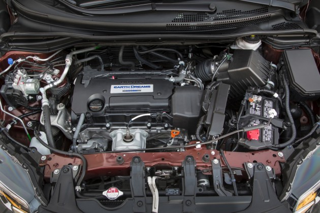 new four-cylinder, direct-injected Earth Dreams Technology (yes, they're still calling it that) i-VTEC engine
