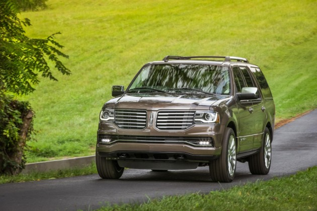 Lincoln November sales | 2015 Lincoln Navigator