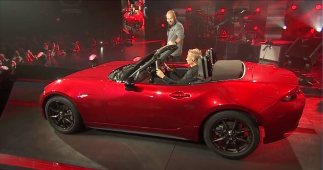 2016 Mazda MX-5 Miata Show Revealed Red 1