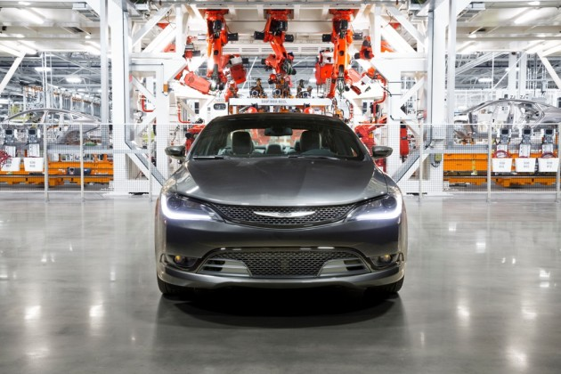 Take the Chrysler 200 Factory Tour for a look inside the Sterling Heights Assembly Plant and the all-new 2015 Chrysler 200.