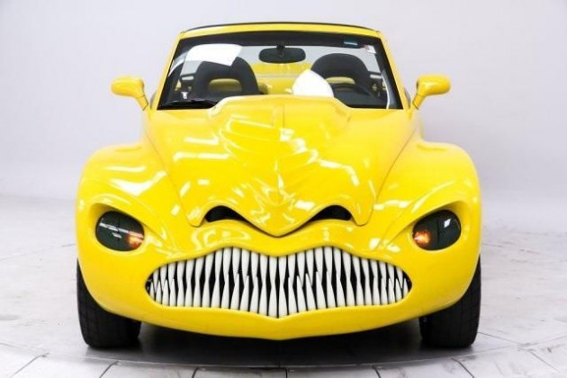 Seller Turns Chevy SSR into Chevy dinoSSauR