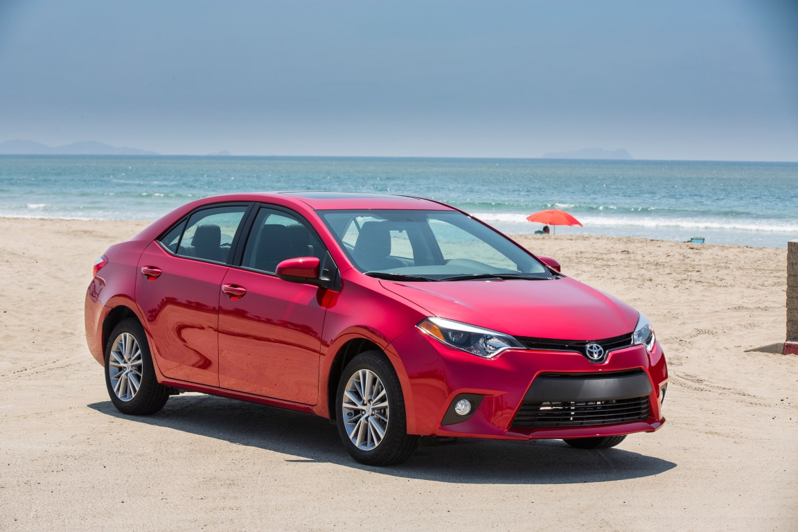 2015 toyota corolla overview the news wheel. Black Bedroom Furniture Sets. Home Design Ideas