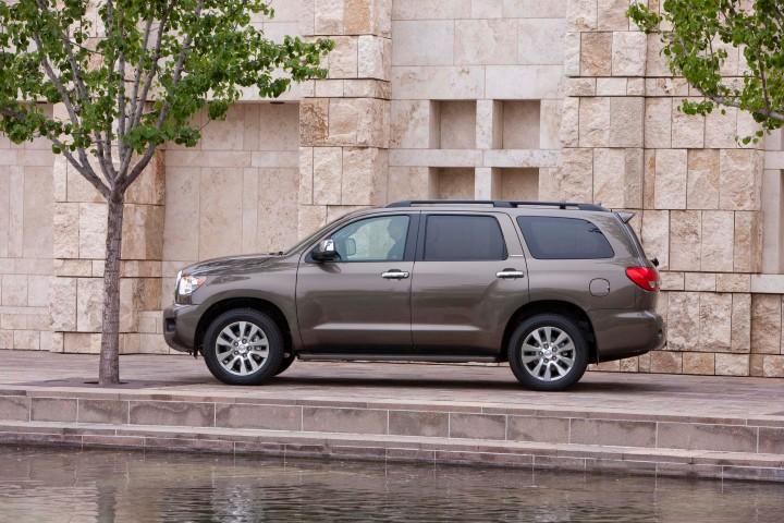 2015 Toyota Sequoia Overview