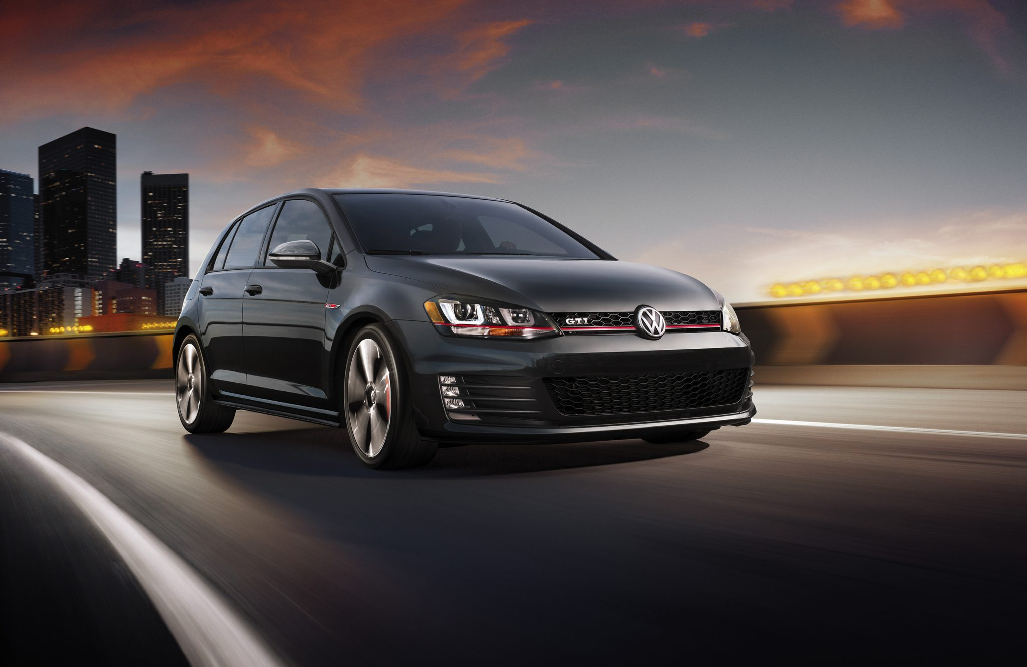 2015 Yahoo Autos Car of the Year Award Goes to Volkswagen Golf GTI