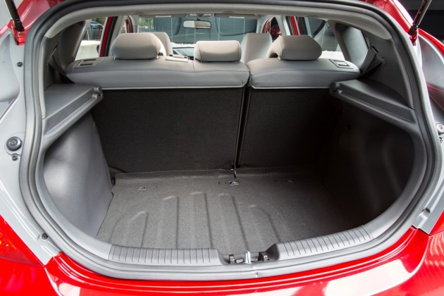 2015 Hyundai Accent Overview trunk hatch