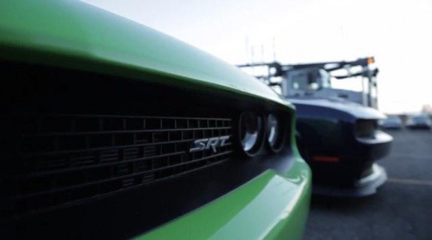 2015 Dodge Challenger SRT Hellcat Begins Shipping to Dealers