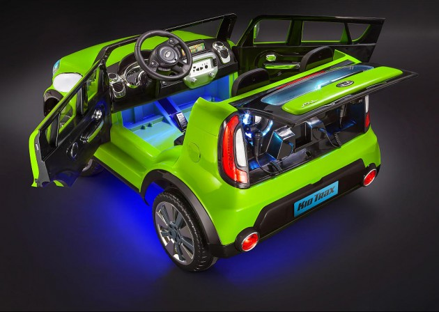 Kid Trax Kia Sing-a-Long Soul Car