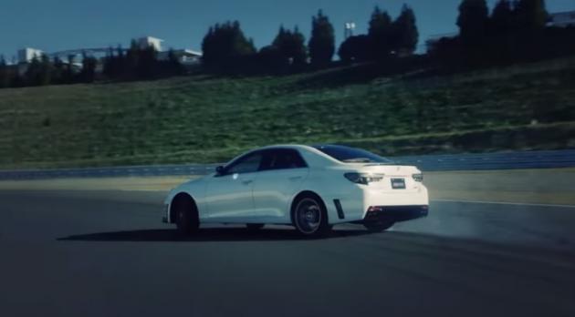 2015 Toyota Mark X GRMN drift video