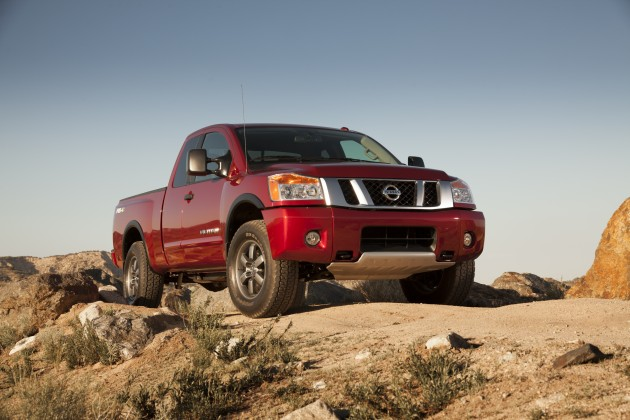 2015 nissan titan overview