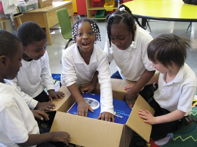 #GivingTuesday Kicks Off Kia and DonorsChoose.org Campaign for Public Schools