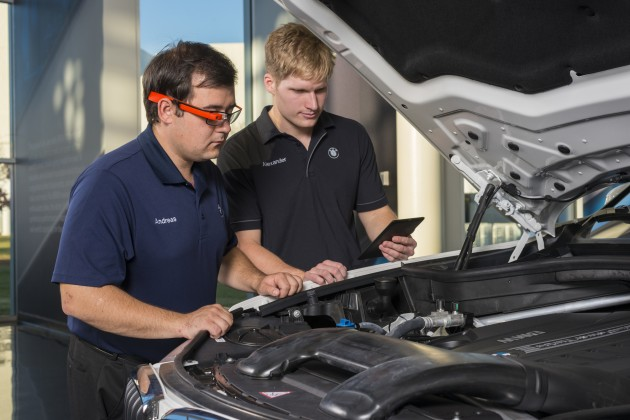 BMW Using Google Glass Inspection Test 2