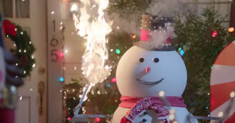 "Hyundai Holidays Ad Rips Off Classic ""Christmas Vacation"" Scene ..."