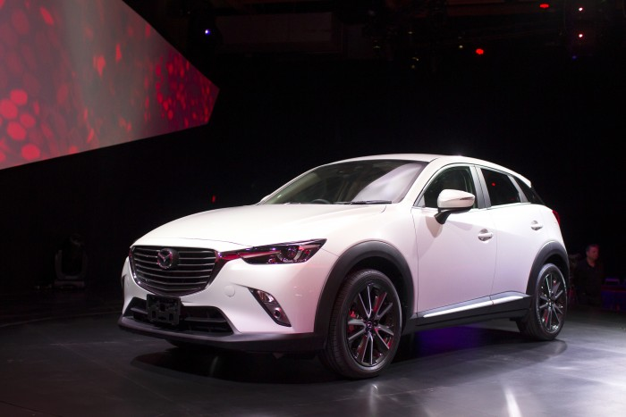 Most Popular Car Color white red Mazda CX-3