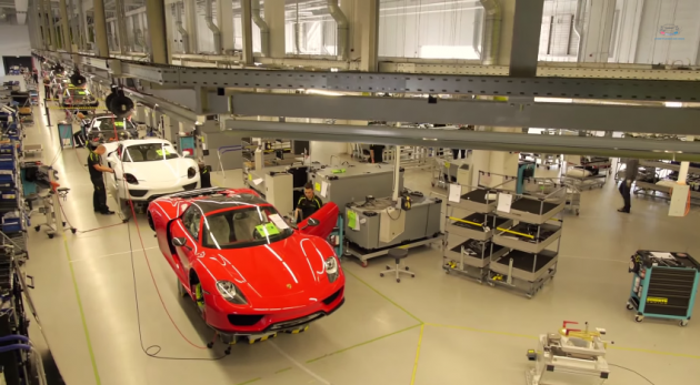 Check Out this Incredible Porsche 918 Spyder Assembly Video
