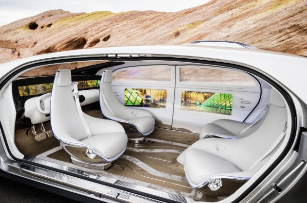 The lounge-like interior of the Mercedes-Benz F 015 Luxury in Motion research vehicle