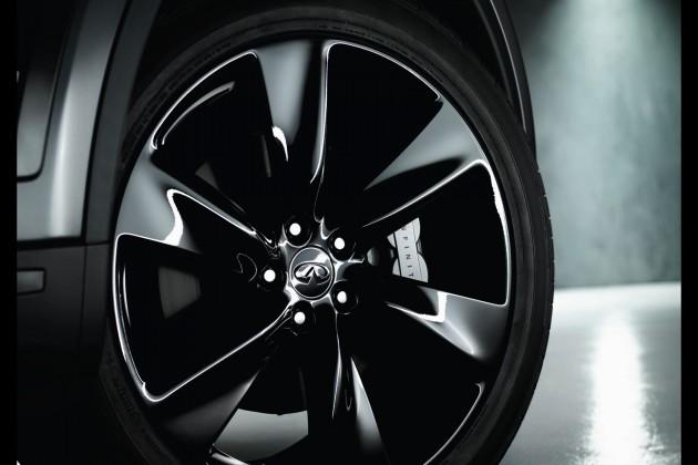 QX70S 21-inch wheels