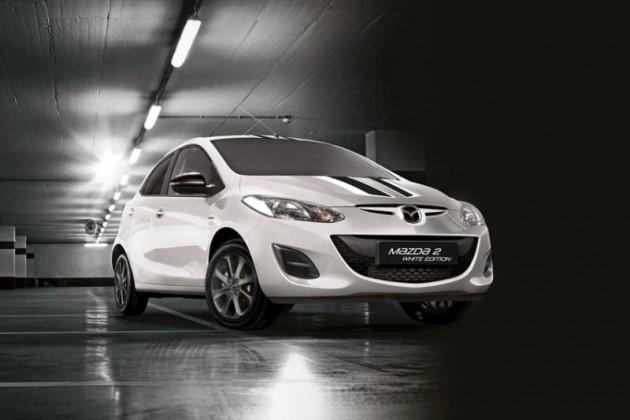 Mazda2mazda2-black-and-white-editions 2015