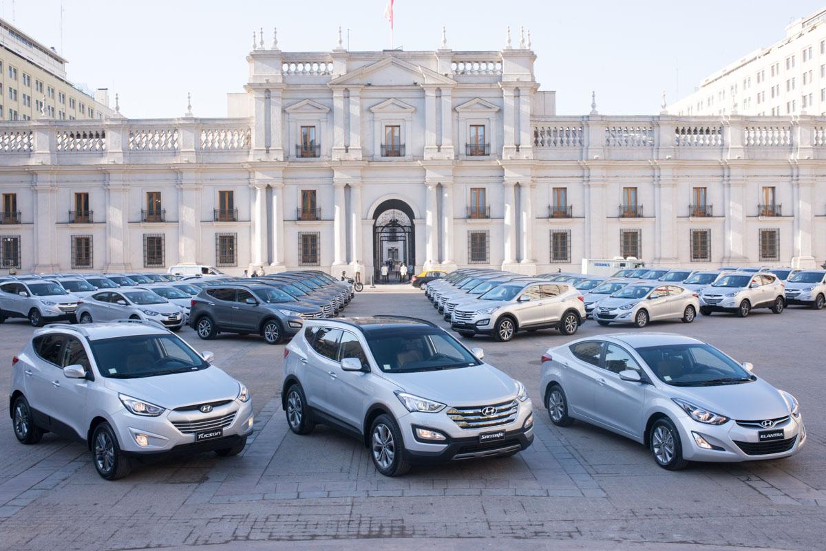 essential kona lease canada automatic in a leasing hyundai cars