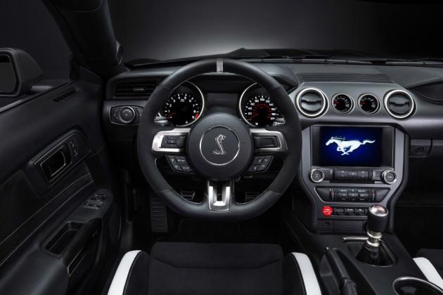 Shelby GT350R Mustang Interior