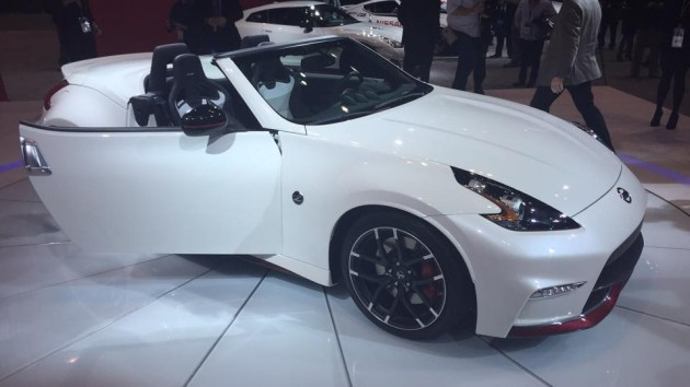 Nissan 370Z NISMO Roadster at Chicago Auto Show