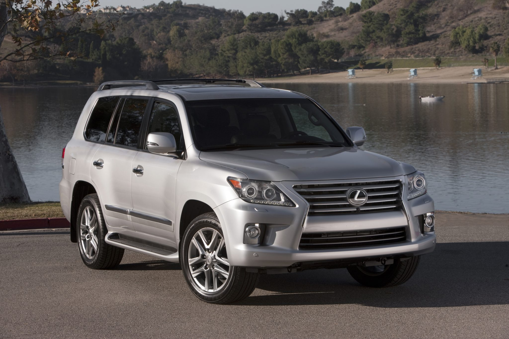 lexus gx luxury generation introduces for second suv