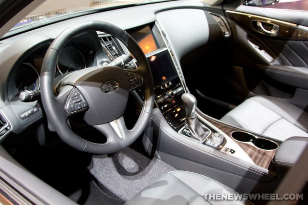 2015 Infiniti Q50 overview
