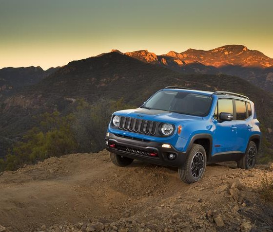 2015 jeep renegade fuel economy announced 22 31 25 mpg. Black Bedroom Furniture Sets. Home Design Ideas