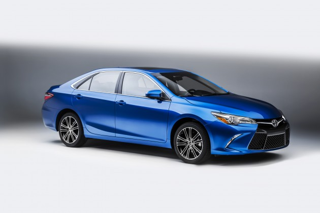 2016 Toyota Camry Special Edition overview