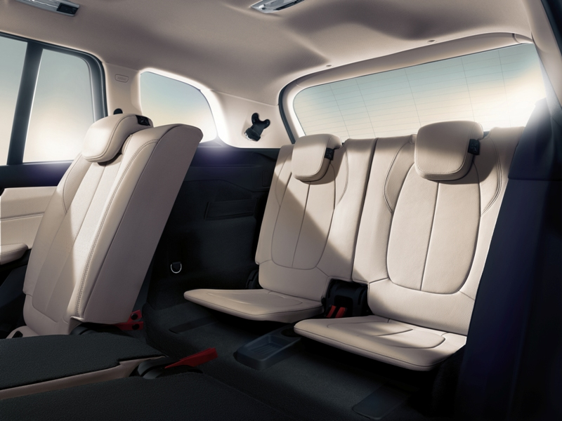 2016 Bmw 2 Series Gran Tourer Back Seat Interior The