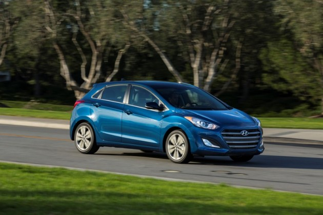 2016 Hyundai Elantra GT Overview blue driving grass