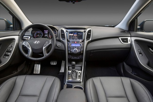 2016 Hyundai Elantra GT Overview grey interior