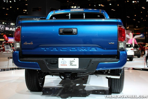the 2016 toyota tacoma will have locking tailgates the. Black Bedroom Furniture Sets. Home Design Ideas