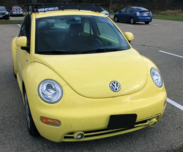 Sunflower Clearcoat Volkswagen New Beetle | Ugliest Car Colors