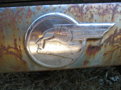 Secrets of Pontiac's Emblem logo history via flickr 4