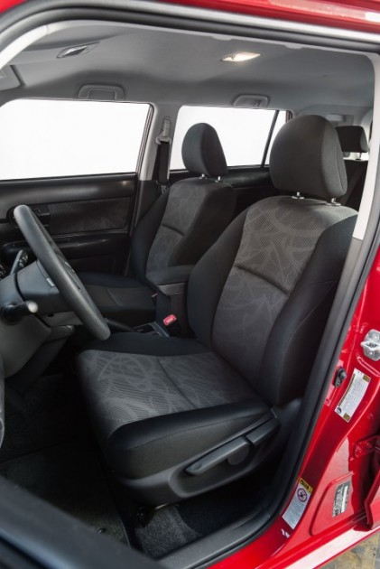 2015 Scion xB overview