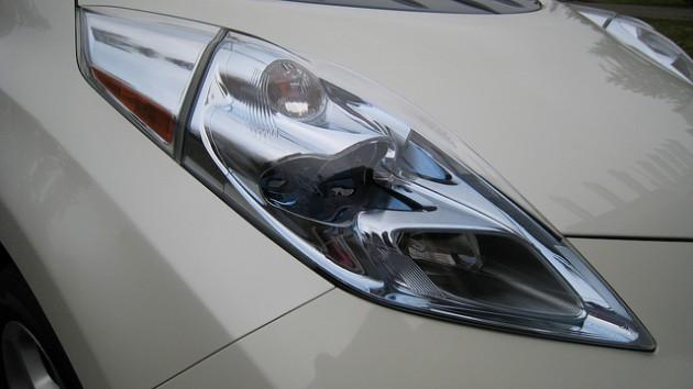 Nissan LEAF Headlight
