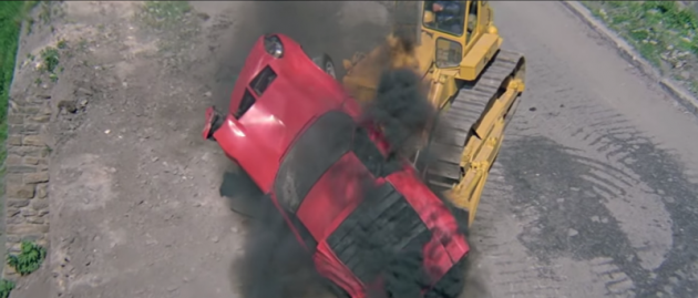 Lamborghini Miura from The Italian Job opening sequence crash
