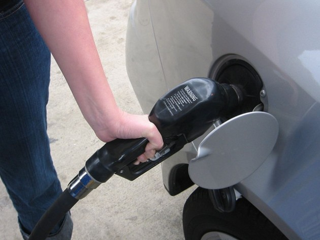 Study Do Gas Prices Affect Consumer Behavior When Buying Cars pumping gas