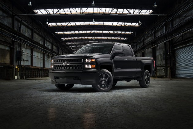 The 2015 Chevy Silverado Black Out Package